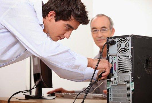 Lắp đặt máy tính bàn cho các doanh nghiệp